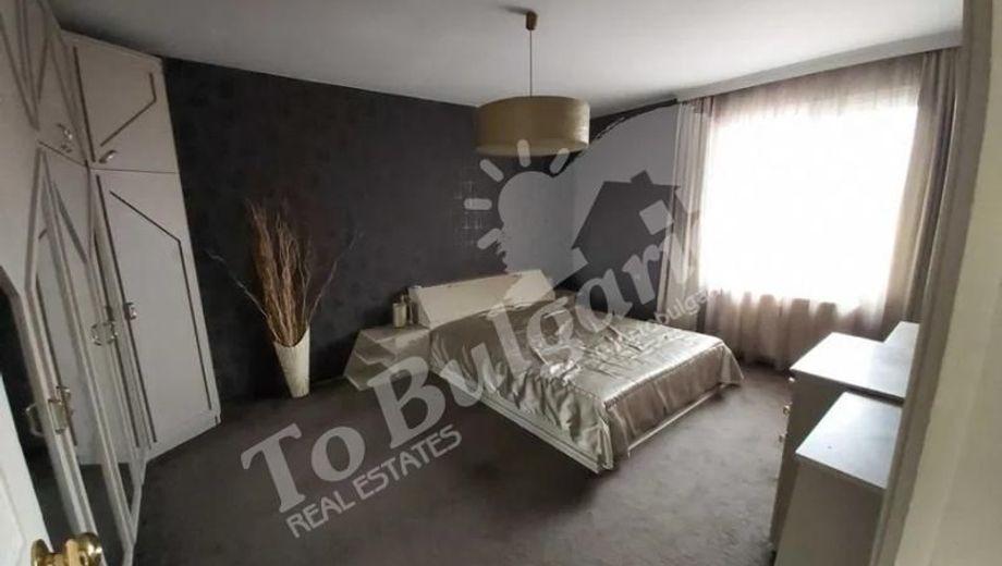 тристаен апартамент велико търново 4lq7f6hy