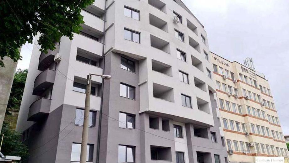 тристаен апартамент велико търново bua86f17