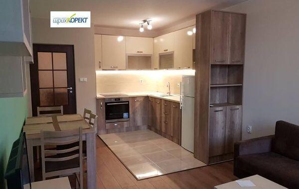 тристаен апартамент велико търново crg24hq5