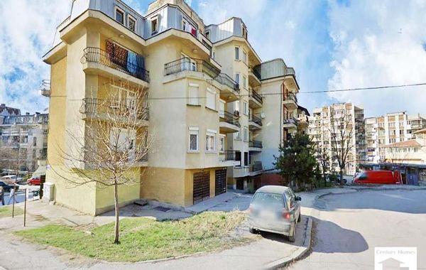 тристаен апартамент велико търново crjvjlkc
