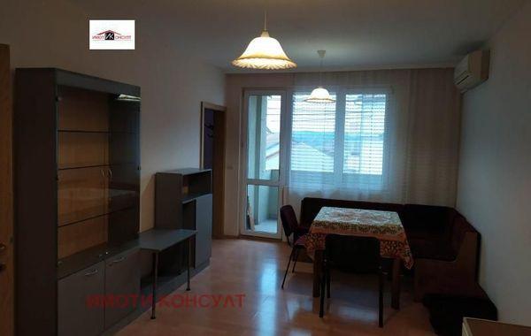 тристаен апартамент велико търново d13jlclb