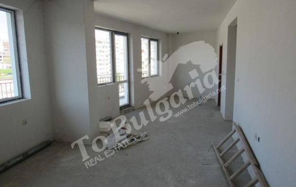 тристаен апартамент велико търново edvc86j4
