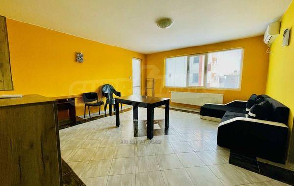 тристаен апартамент велико търново gcg24jbn