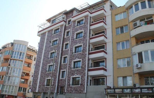 тристаен апартамент велико търново haayeu7c