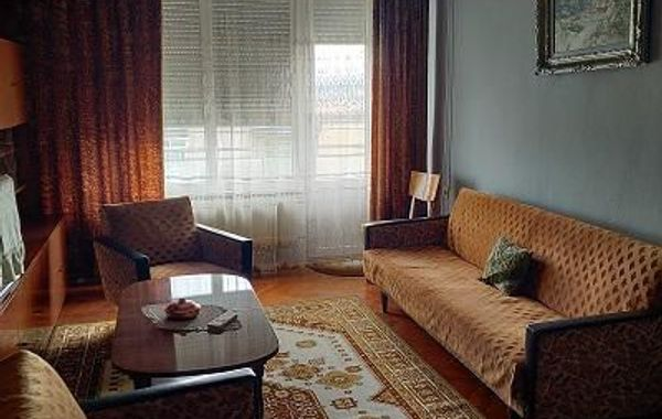 тристаен апартамент велико търново lhmd98ch