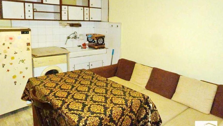 тристаен апартамент велико търново n3mj5a2c