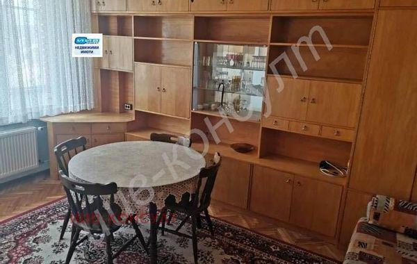 тристаен апартамент велико търново neek8a8n