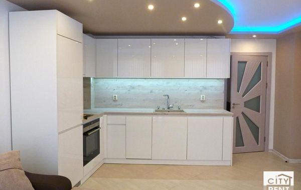 тристаен апартамент велико търново q4r1css9