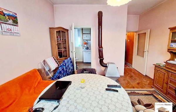 тристаен апартамент велико търново qu9wsrg6