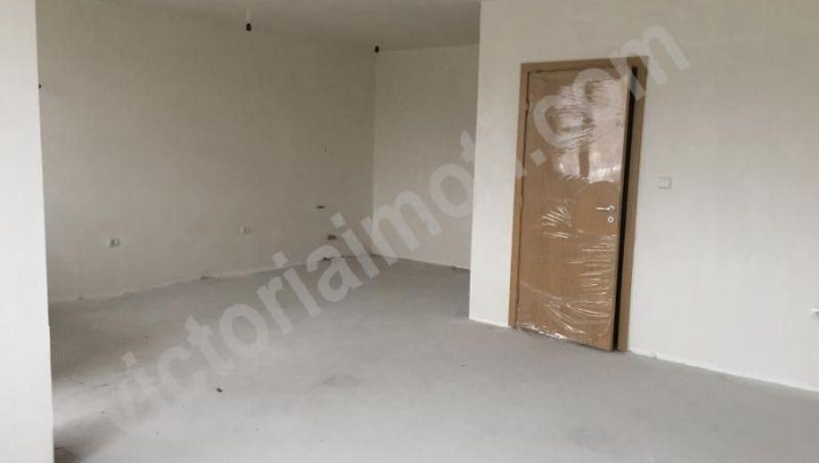 тристаен апартамент велико търново st5hd6t3