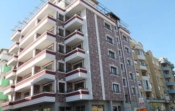 тристаен апартамент велико търново trvrtnrj