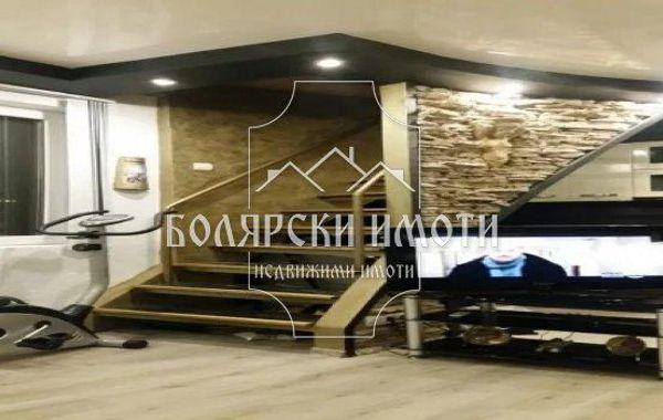 тристаен апартамент велико търново u8u37u4w