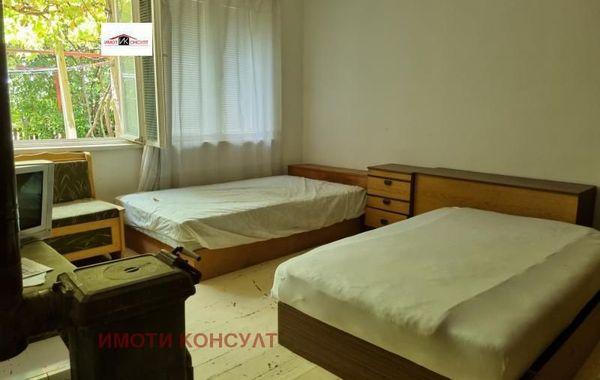 тристаен апартамент велико търново vmv3lh9x