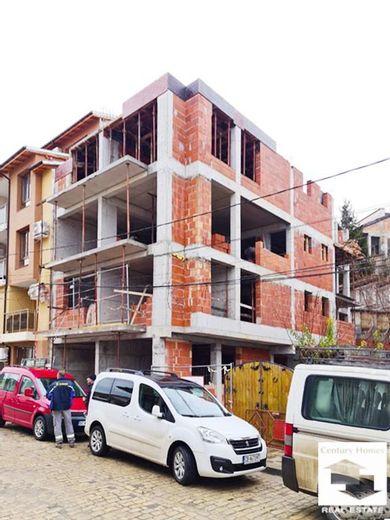 тристаен апартамент велико търново vv8fmqvc