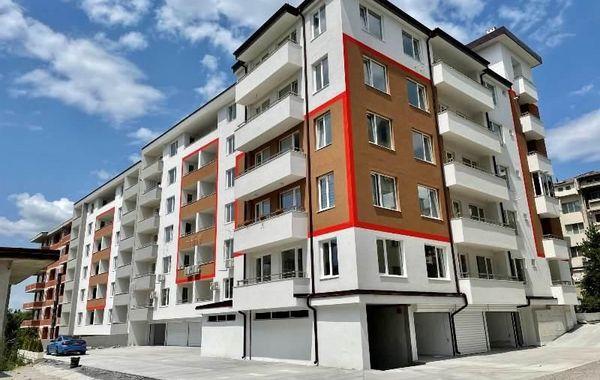 тристаен апартамент велико търново wlh4j1ct