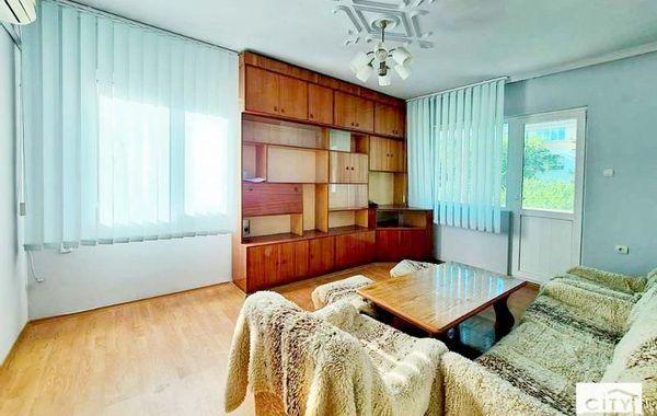 тристаен апартамент велико търново x977nvn2