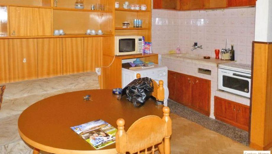 тристаен апартамент велико търново xayf74r5