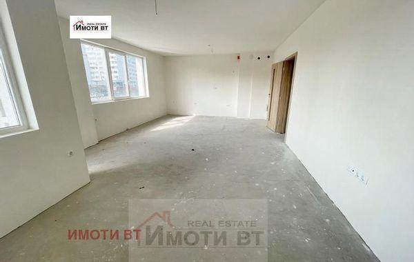 тристаен апартамент велико търново xf2vhv4t