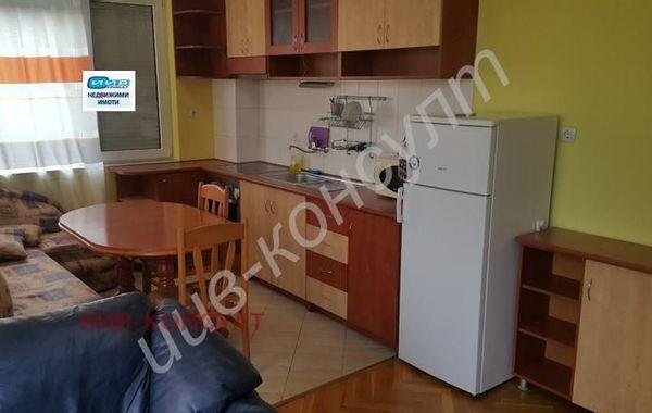 тристаен апартамент велико търново xyra9a64