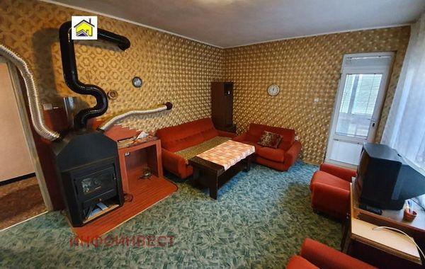 тристаен апартамент велинград hgy8mmmt