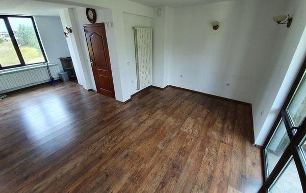 тристаен апартамент велинград p3asbjlj