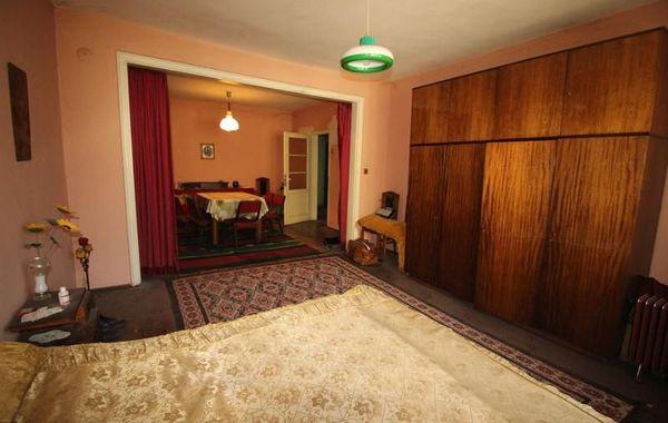 тристаен апартамент габрово 57y1f7l6