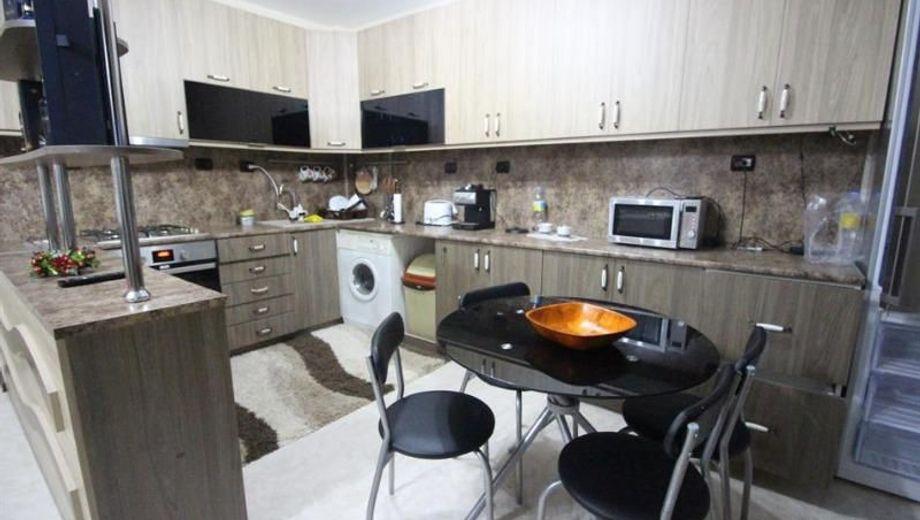 тристаен апартамент габрово 81abyq75