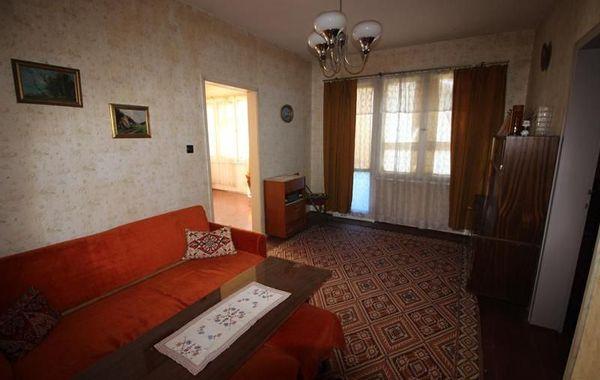 тристаен апартамент габрово b33qq89g