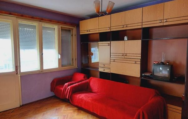 тристаен апартамент габрово jrh6xujd