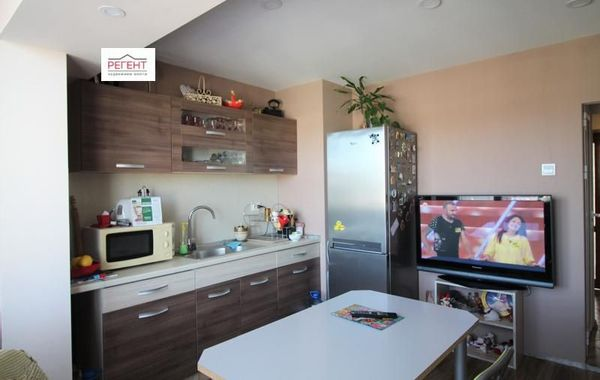 тристаен апартамент габрово sh4q73hn