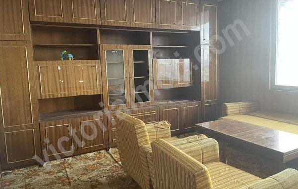 тристаен апартамент горна оряховица 3dvyr9vt