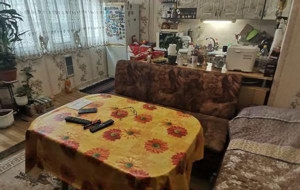 тристаен апартамент горна оряховица e76ka56m