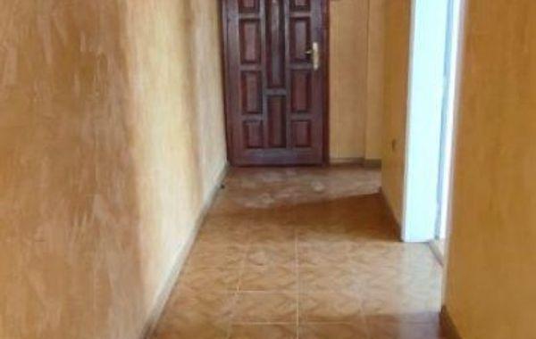 тристаен апартамент горна оряховица s26q47kl