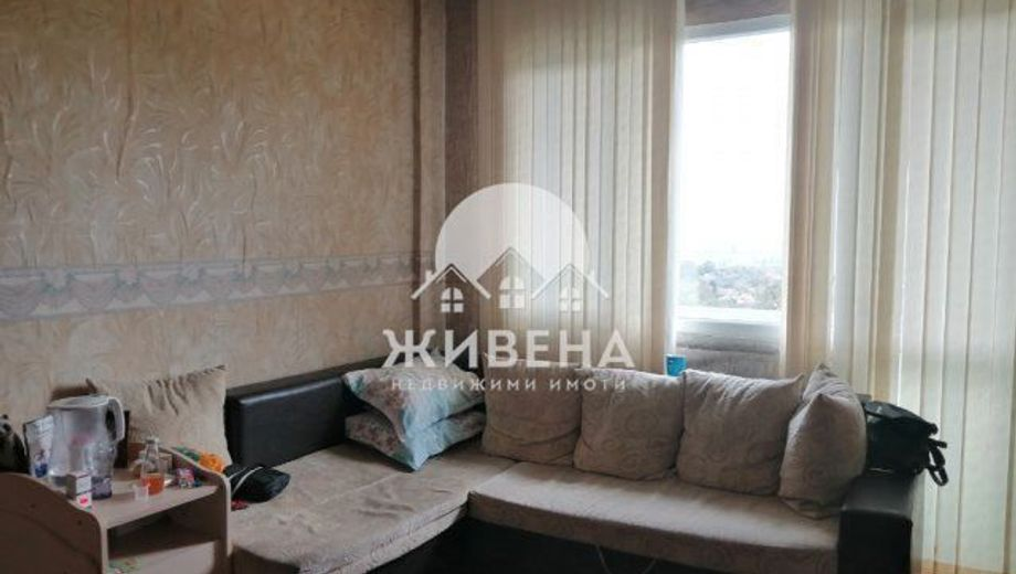 тристаен апартамент девня j85scs1u