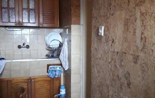 тристаен апартамент добрич 8cmd8tch