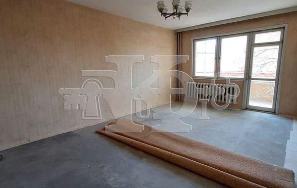 тристаен апартамент добрич ednkf984