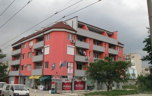 тристаен апартамент добрич fqxfd82w