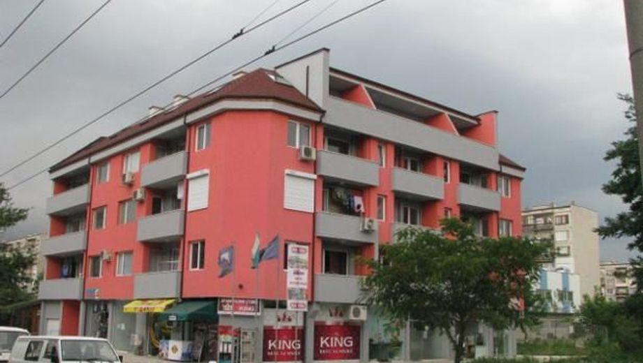 тристаен апартамент добрич lsjec8vv