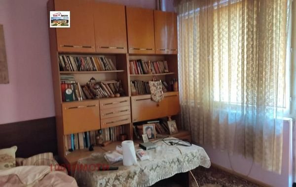 тристаен апартамент добрич mpte4w52