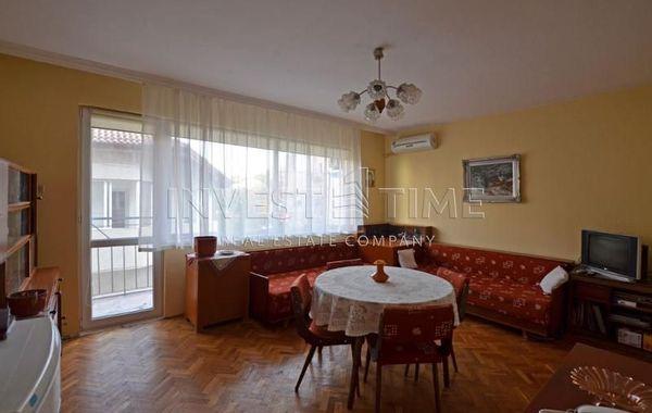 тристаен апартамент добрич mwme14ba