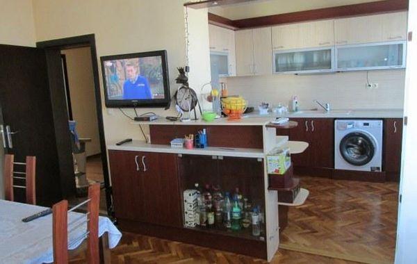 тристаен апартамент добрич s7any132