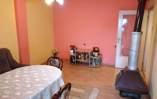 тристаен апартамент дряново pdvglx2r
