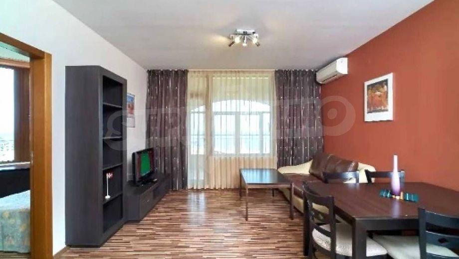 тристаен апартамент златни пясъци g9wy33qt