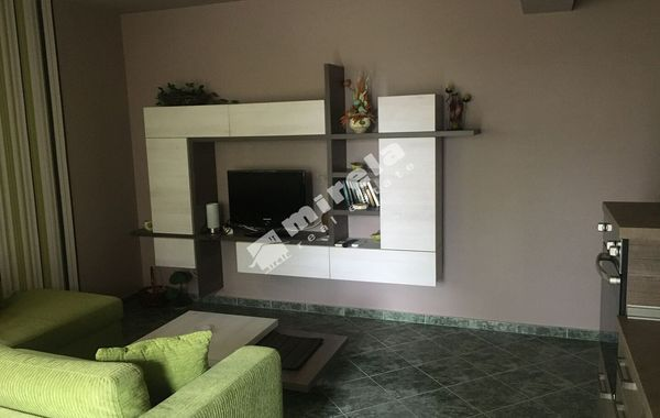тристаен апартамент каварна kh1q8aqg
