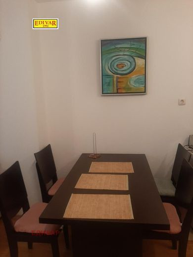 тристаен апартамент каварна ssfvxusg