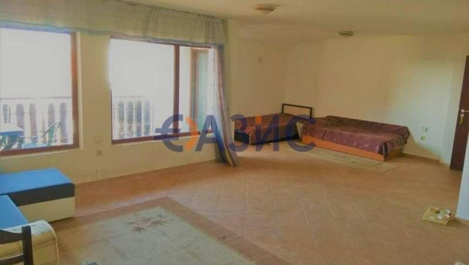 тристаен апартамент кошарица 2kv1615f