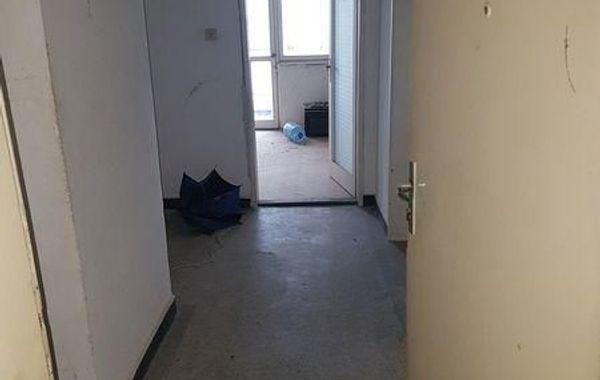 тристаен апартамент кърджали 68v8u8xy