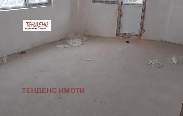 тристаен апартамент кърджали 7mdrvdgu