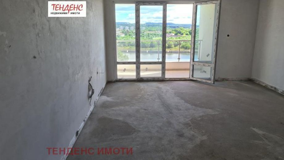 тристаен апартамент кърджали grpq6ubj