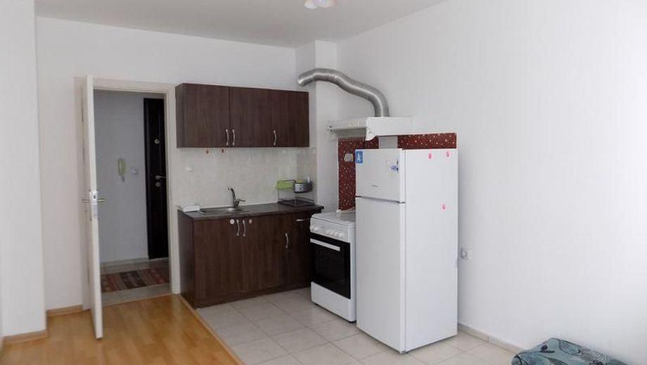 тристаен апартамент кърджали gx677xp4